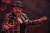 ***ATENÇÃO EDITOR FOTO DE ARQUIVO *** 19.02.2013 - MORTE-MIELE - Luiz Carlos D'Ugo Miele, produtor musical, diretor e ator morreu nesta quarta-feira dia 14 aos 77 anos no Rio de Janeiro, o corpo do ator foi encontrado em sua residência em São Conrado. Na foto de 19.02.2013 o ator encenava na peça o Mágico de Oz. no teatro Alfa em Santo Amaro região sul de São Paulo. (Foto: Amauri Nehn/Brazil Photo Press)
