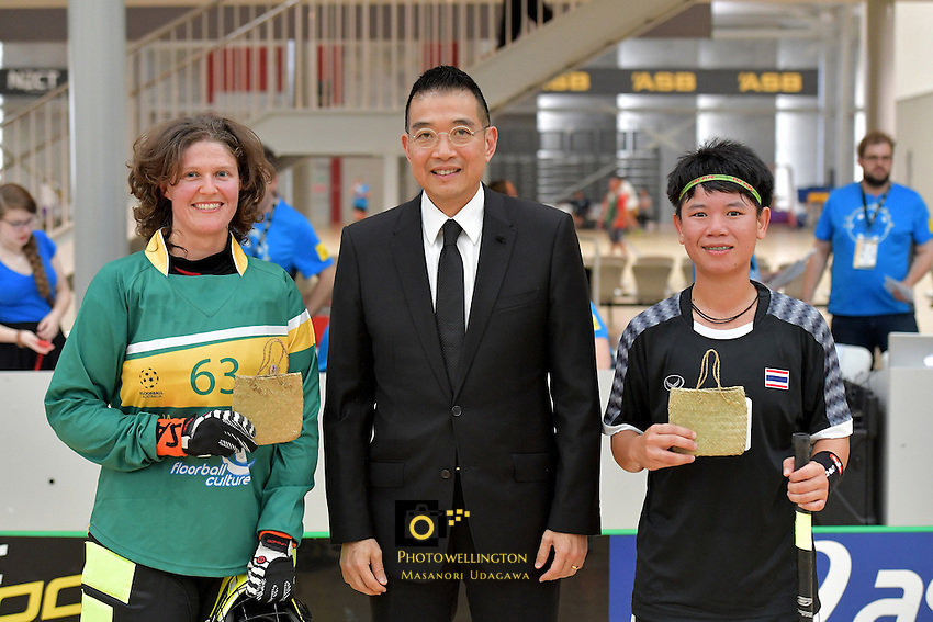 Australia&rsquo;s Leith Woods and Thailand&rsquo;s Thanaporn Tongkham in action during the World Floorball Championships 2017 Qualification for Asia-Oceania Region - Thailand v Australia at ASB Sports Centre , Wellington, New Zealand on Wednesday 31 January 2017.<br /> Photo by Masanori Udagawa<br /> www.photowellington.photoshelter.com.