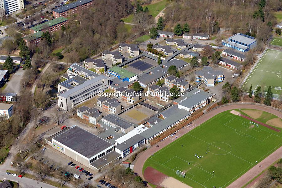 Gymnasium Lohbruegge: EUROPA, DEUTSCHLAND, HAMBURG, BERGEDORF (EUROPE, GERMANY), 21.04.2012: Gymnasium Lohbruegge, Lohbruegge, Gymnasium,  Stadtteilschule  Lohbruegge,