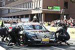 Motorsport: DTM Vorstellung  2008 Duesseldorf<br /> <br /> Ralf Schumacher bei einer Pit Stop - Vorf&uuml;hrung<br /> <br /> Foto &copy; nph (nordphoto)