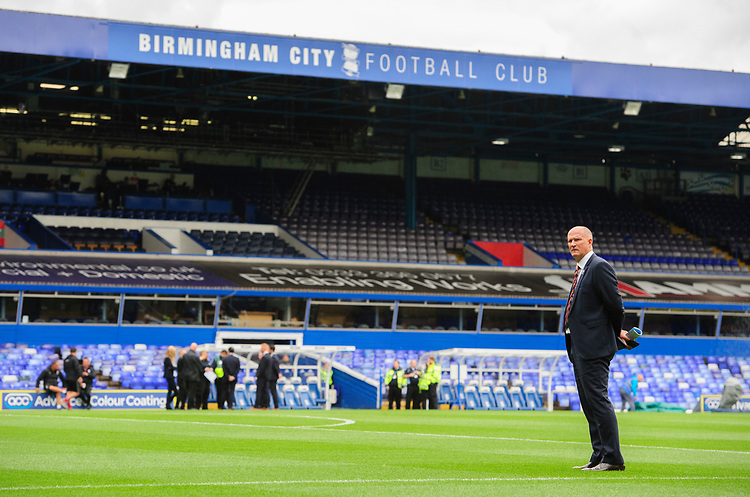 Blackpool manager Simon Grayson on the pitch prior to the game<br /> <br /> Photographer Chris Vaughan/CameraSport<br /> <br /> The EFL Sky Bet League One - Coventry City v Blackpool - Saturday 7th September 2019 - St Andrew's - Birmingham<br /> <br /> World Copyright © 2019 CameraSport. All rights reserved. 43 Linden Ave. Countesthorpe. Leicester. England. LE8 5PG - Tel: +44 (0) 116 277 4147 - admin@camerasport.com - www.camerasport.com