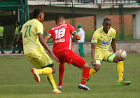 FLORIDABLANCA -COLOMBIA, 09-07-2016. Acción de juego  entre los equipos Bucaramanga  y Patriotas FC  durante encuentro  por la fecha 2 de la Liga Aguila II 2016 disputado en el estadio Alvaro Gomez Hurtado./ Actions game between Bucaramanga and Patriotas FC  during match for the date 2 of the Aguila League II 2016 played at Alvaro Gomez Hurtado stadium . Photo:VizzorImage / Duncan Bustamante / Contribuidor