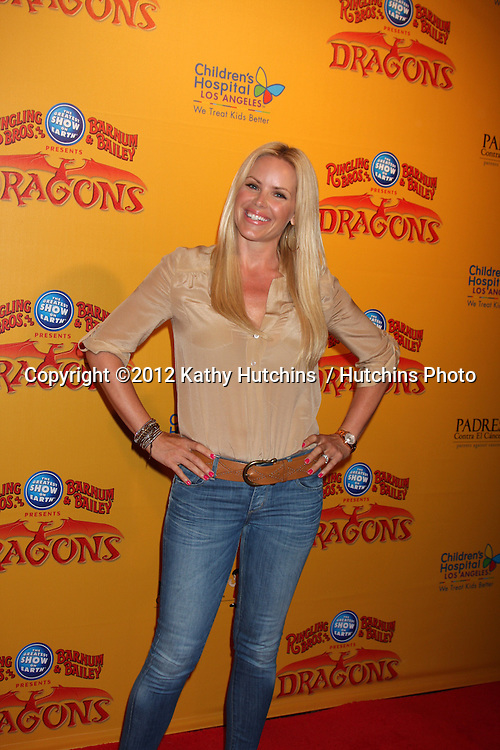 LOS ANGELES - JUL 12:  Gena Lee Nolin arrives at 'Dragons' presented by Ringling Bros. & Barnum & Bailey Circus at Staples Center on July 12, 2012 in Los Angeles, CA