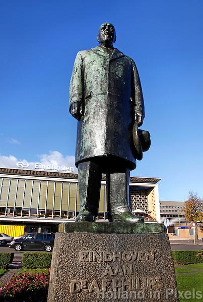 Standbeeld van Anton Philips  in Eindhoven