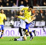 Valencia CF's  Shkodran Mustafi and UD Las Palmas' Araujo during spanish King's Cup match. January 21, 2016. (ALTERPHOTOS/Javier Comos)