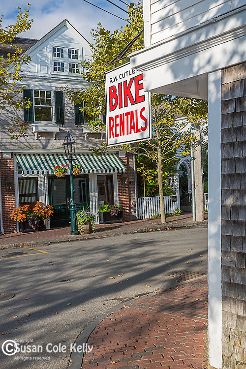 Downtown Edgartown, Marthas Vineyard, Massachusetts, USA