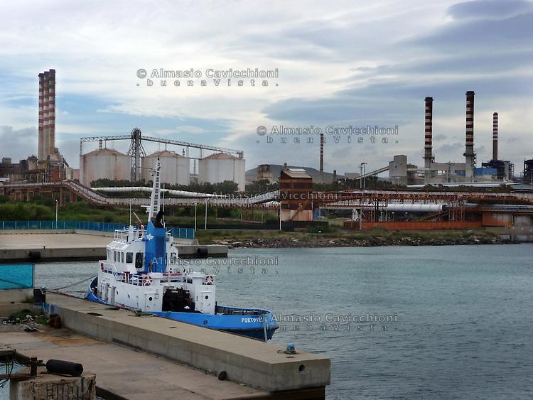GIU 2010 Sardegna, porto di Cagliari.JUN 2010 Sardinia, Cagliari port