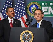 Washington, D.C. - February 5, 2009 -- United States Secretary of Energy Dr. Steven Chu, right, introduces United States President Barack Obama, left, to make remarks to employees at the United States Department of Energy in Washington, D.C. on Thursday, February 5, 2009..Credit: Ron Sachs / Pool via CNP