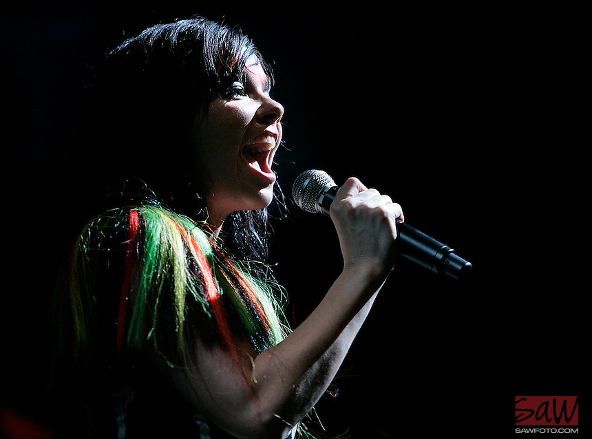 Indio, Ca.- Bjork performs during first day of 8th annual Coachella Valley Music and Arts Festival, Friday, April 27, 2007.