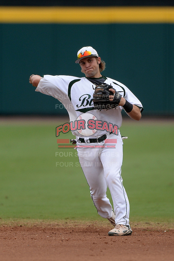 South Florida Bulls second baseman Nik Alfonso (8) during a game against the Florida State Seminoles on March 5, 2014 at Red McEwen Field in Tampa, Florida.  Florida State defeated South Florida 4-1.  (Mike Janes/Four Seam Images)