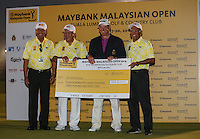 Lee Westwood (ENG) receiving his cheque as Champion Golfer of the 2014 Maybank Malaysian Open at the Kuala Lumpur Golf & Country Club, Kuala Lumpur, Malaysia. Picture:  David Lloyd / www.golffile.ie