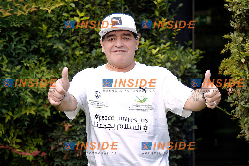 Diego Armando Maradona<br /> Roma 10-10-2016. Rai Viale Mazzini. Presentazione della 'Partita della Pace'.<br /> Rome 10th October 2016. Rai. Presentation of the 'Football match for Peace'.<br /> Foto Samantha Zucchi Insidefoto