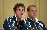 Austria, Kitzbuhel, Juli 16, 2015, Tennis, Davis Cup, Draw, Robin Haase and Thiemo de Bakker (R)<br /> Photo: Tennisimages/Henk Koster