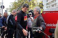 SAO PAULO, 15 DE JULHO DE 2012. CAMPANHA FERNANDO HADDAD. O candidato do PT à prefeitura de São Paulo, Fernando Haddad, durante encontro com ciclistas  pelas ruas do centro de São Paulo.FOTO: ADRIANA SPACA: BRAZIL PHOTO PRESS