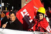 Roma 27 Novembre 2010.Manifestazione nazionale della CGIL contro la crisi economica e il governo Berlusconi..Rome 16 November 2010.National demonstration of CGIL  against the economic crisis and the Berlusconi government..
