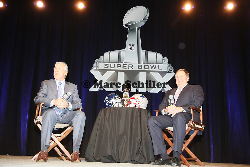 Head Coach Pete Carroll (Seahawks, l.) und Head Coach Bill Belichick (Patriots)  - Gemeinsame Team Pressekonferenz Super Bowl XLIX, Convention Center Phoenix