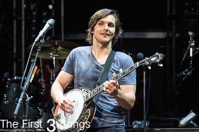 Charlie Worsham performs at Riverbend Music Center in Cincinnati, Ohio.