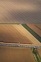 04/10/07 - LIMAGNE - PUY DE DOME - FRANCE - Moisson d une parcelle de mais - Photo Jerome CHABANNE