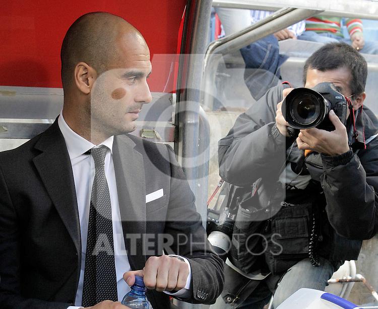 FC Barcelona's Pep Guardiola during La Liga match.October 23,2010. (ALTERPHOTOS/Acero)