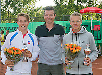 August 9, 2014, Netherlands, Rotterdam, TV Victoria, Tennis, National Junior Championships, NJK,  Prize giving, Richard Krajicek with Tom Moonen (R) and Siem Fenne, runners up boys doubles 16 years<br /> Photo: Tennisimages/Henk Koster