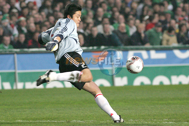 Dublin Ireland, China's No 23 Li Leilei during the friendly international soccer match in Lansdowne Road, Stadium, Dublin, Irelande, 29/3/05.Photo AFP/NEWSFILE/FRAN CAFFREY..(Photo credit should read  AFP Photo FRAN CAFFREY/NEWSFILE)...This Picture has been sent you under the condtions enclosed by:.Newsfile Ltd..the Studio,.Millmount Abbey,.Drogheda,.Co Meath..Ireland..Tel: +353(0)41-9871240.Fax: +353(0)41-9871260.GSM: +353(0)86-2500958.email: pictures@newsfile.ie.www.newsfile.ie.FTP: 193.120.102.198..This picture is from Fran Caffrey@newsfile.ie