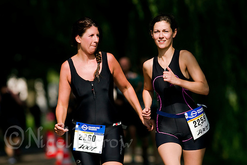 16 JUL 2011 - HAMBURG, GER - Jedermann Sprintdistanz .(PHOTO (C) NIGEL FARROW)