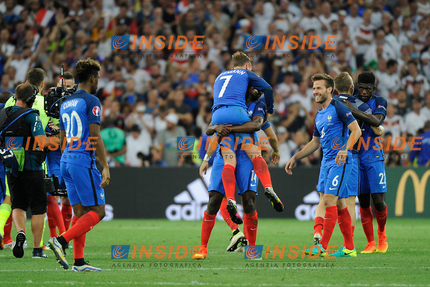 Esultanza Francia fine partita Celebration France and of match <br /> Marseilles 07-07-2016 Stade Velodrome Football Euro2016 Germany - France / Germania - Francia Semi-finals / Semifinali <br /> Foto   Franck Pennant Panoramic / Insidefoto