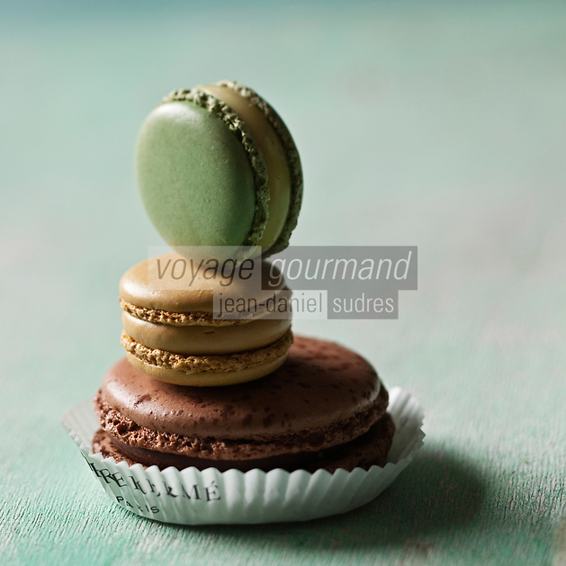 Europe/France/Ile-de-France/75/Paris:   Macarons Pierre Hermé - Stylisme : Valérie LHOMME