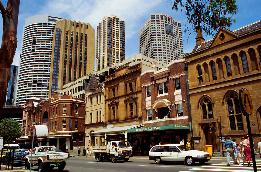 George Street in the Rocks neighborhood, the city's oldest. The Fortunes of War Hotel, Sydney, Australia