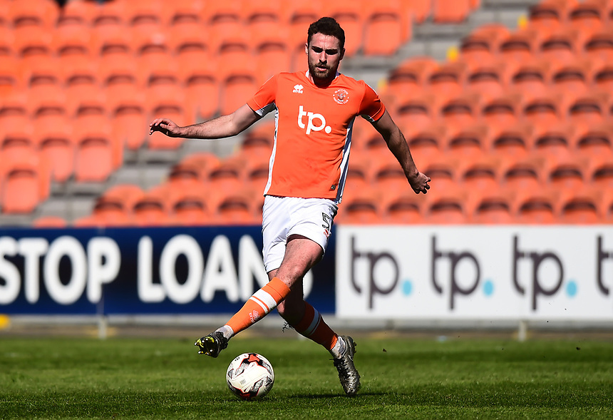 Blackpool's Clark Robertson in action<br /> <br /> Photographer Richard Martin-Roberts/CameraSport<br /> <br /> The EFL Sky Bet League Two - Blackpool v Grimsby Town - Saturday 8th April 2017 - Bloomfield Road - Blackpool<br /> <br /> World Copyright &copy; 2017 CameraSport. All rights reserved. 43 Linden Ave. Countesthorpe. Leicester. England. LE8 5PG - Tel: +44 (0) 116 277 4147 - admin@camerasport.com - www.camerasport.com
