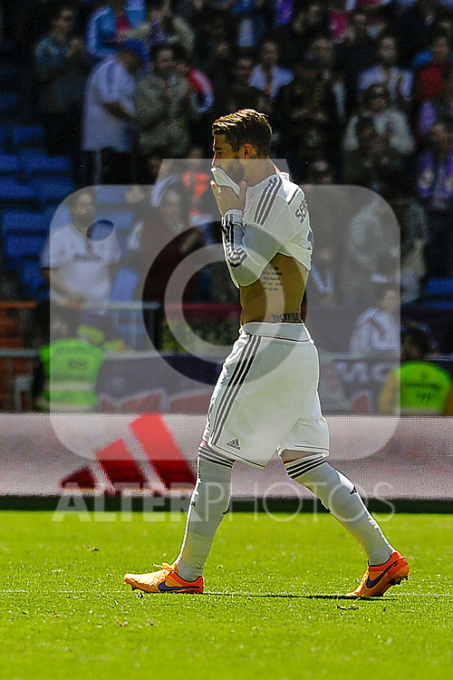 Real Madrid´s Sergio Ramos during 2014-15 La Liga match between Real Madrid and Granada at Santiago Bernabeu stadium in Madrid, Spain. April 05, 2015. (ALTERPHOTOS/Luis Fernandez)