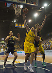 08.05.2018, EWE Arena, Oldenburg, GER, BBL, Playoff, Viertelfinale Spiel 2, EWE Baskets Oldenburg vs ALBA Berlin, im Bild<br /> <br /> Rasid MAHALBASIC (EWE Baskets Oldenburg #24)<br /> Marius GRIGONIS (ALBA Berlin #13 )<br /> Foto &copy; nordphoto / Rojahn