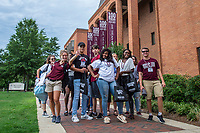 Incoming freshman take a break during their orientation sessions outside the Colvard Student Union.<br />  <br /> (photo by Logan Kirkland / &copy; Mississippi State University)