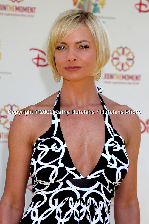 "Jamie Pressly  arriving at the ""A Time For Heroes Celebrity Carnival"" benefiting the Elizabeth Glaser Pediatrics AIDS Foundation at the Wadsworth Theater Grounds in Westwood , CA on June 7, 2009 .©2009 Kathy Hutchins / Hutchins Photo.."