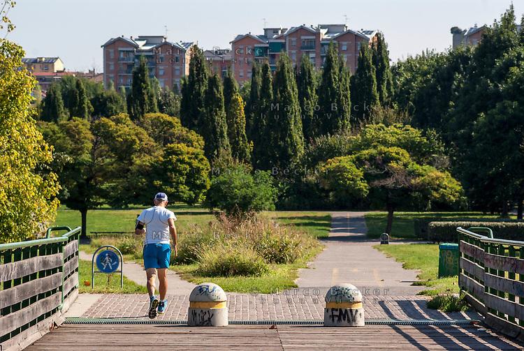 Il Parco Nord Milano e i palazzi del quartiere Niguarda --- The Parco Nord Milano (park north Milan) and the buildings in Niguarda district