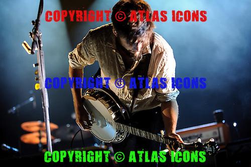 MUMFORD &amp; SONS, LIVE, 2013, <br /> PHOTOCREDIT:  IGOR VIDYASHEV/ATLASICONS