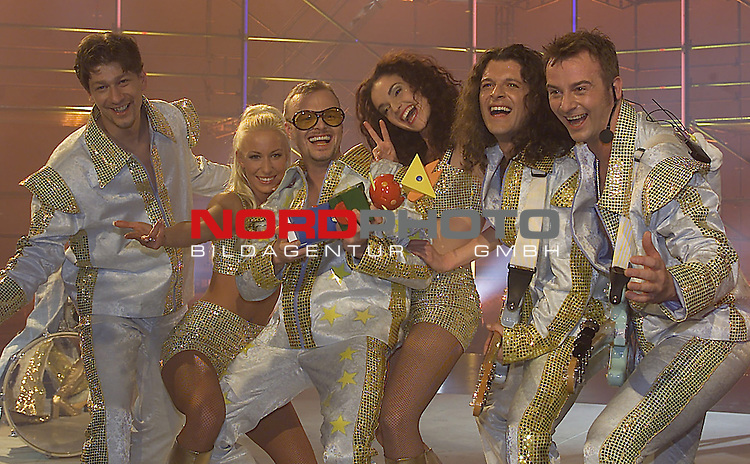 Archiv Stefan Raab - Eurovision Song Contest<br />  Countdown Grand Prix Eurovison 2000 - Deutsche Vorentscheidung: Sieger Stefan Raab<br />  <br /> Foto &not;&copy; nph / Kokenge *** Local Caption ***