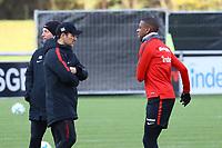 Trainer Niko Kovac (Eintracht Frankfurt) und Gelson Fernandes (Eintracht Frankfurt) - 14.11.2017: Eintracht Frankfurt Training, Commerzbank Arena