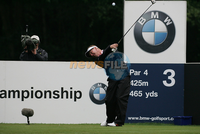 Paul Broadhurst plays his tee shot on the third hole in the final round of the BMW PGA Championship on the 27th of May 2007 at the Wentworth Golf Club, Surrey, England. (Photo by Manus O'Reilly/NEWSFILE)