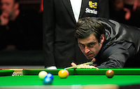Ronnie O'Sullivan plays a shot during the Dafabet Masters FINAL between Barry Hawkins and Ronnie O'Sullivan at Alexandra Palace, London, England on 17 January 2016. Photo by Liam Smith / PRiME Media Images