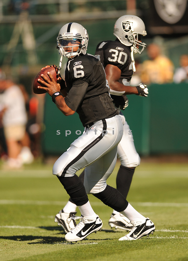TERELLE PRYOR, of the Oakland Raiders, in action during the Raiders game against the New Orleans Saints on August 28, 2011 at O.co Coliseum in Oakland, CA. The Saints beat the Raiders 40-20.