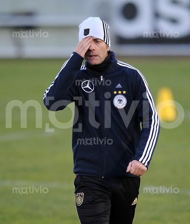 Fussball International, Deutsche Nationalmannschaft    Deutscher Fussballbund, DFB Training 01.03.2010 Trainer Joachim Loew