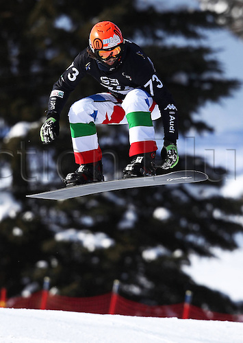 24.01.2013. Snowboarding FIS World Cup  SBX qualification day Stoneham,  Canada Snowboard Cross Qualification for men. Picture shows Tommaso Leoni ITA