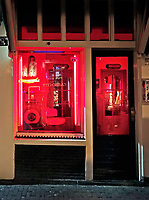Nederland Amsterdam 2019. Red Light District. Oudezijds Achterburgwal. De Wallen.  Foto Berlinda van Dam / Hollandse Hoogte