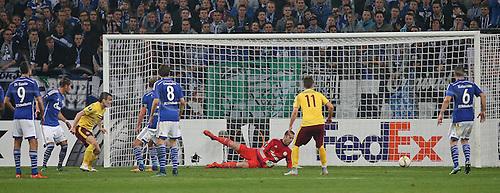 22.10.2015. Gelsenkirchen, Germany. UEFA Europa League football. FC Schalke versus Sparta Prague.  Goal scored for 1:2