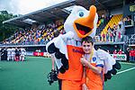 Den Bosch  - Fan of the Match met Stockey   na   de Pro League hockeywedstrijd heren, Nederland-Belgie (4-3).    COPYRIGHT KOEN SUYK
