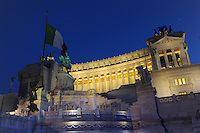 Il Monumento nazionale a Vittorio Emanuele II, conosciuto con il nome di Vittoriano, è un monumento nazionale di Roma situato in piazza Venezia. Inaugurato da Vittorio Emanuele III il 4 giugno 1911 e finito nel 1935.The National Monument to Vittorio Emanuele II, known by the name of.Victorian is a national monument located in Rome's Piazza Venezia..Opened by Vittorio Emanuele III June 4, 1911..