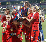 Olympique Lyonnais's Saki Kumagai, Pauline Bremer, Camile Abily, Lotta Schelin, Ada Hegerberg and Corine Petit celebrate the victory in the UEFA Women's Champions League 2015/2016 Final match.May 26,2016. (ALTERPHOTOS/Acero)