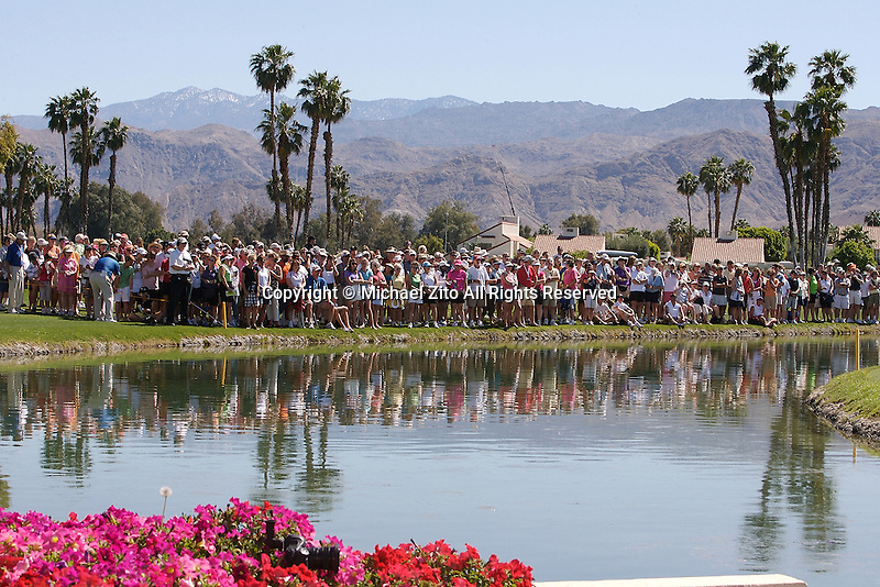 04/05/09 Rancho Mirage, CA: FANS Watch the final round of the Kraft Nabisco Championship held at Mission Hills Country Club..Brittany Linciome Won the Tournament with an Eagle on the 18th hole