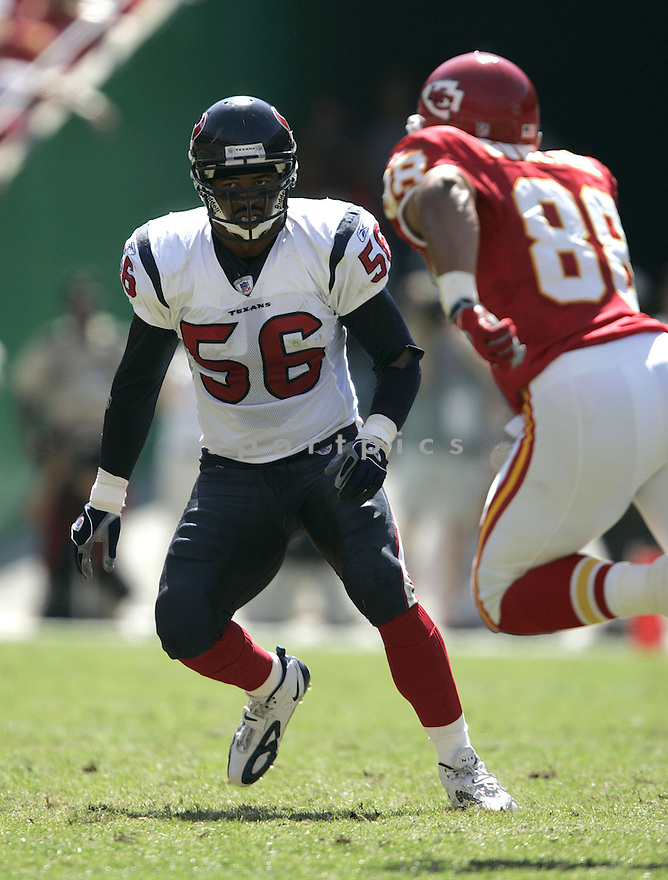 Jay Foreman during the Houston Texans. v. Kansas City Chiefs game September 26, 2004...Dilip Vishwanat / SportPics